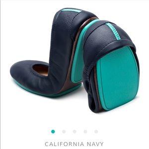 tieks Packable Ballet Flats in California Navy
